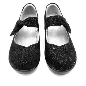 Algeria Ella Black Sprigs size 38